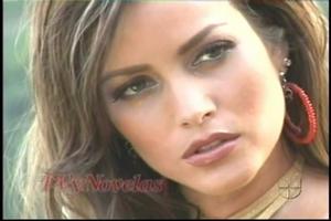 Adriana Fonseca - Piel de estrellas (bikini)