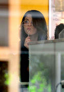 th 874392895 selena gomez 08 122 195lo Selena Gomez   Eating ice cream in Buenos Aires   02/09/12 (HQ)