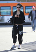 Mila Kunis - out and about in Los Angeles 11/09/12