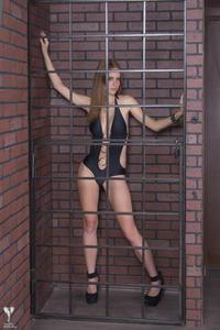 http://img280.imagevenue.com/loc596/th_542432352_tduid300163_silver_angels_Lana_swimwear_1_004_122_596lo.jpg