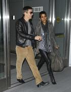 Halle Berry and Olivier Martinez at JFK Airport 15.11.2010